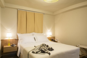 Deluxe Double Room, Athena hotel: Nafplion hotels rooms old city square