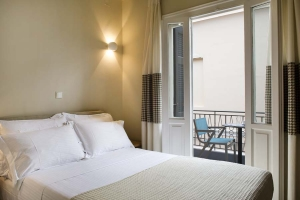 Standard Single Room, Athena hotel: Nafplion hotels rooms old city square